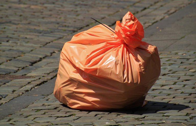 Czy masz już dosyć śmieci na osiedlu na którym mieszkasz?
